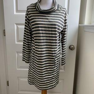 Max studio wknd dress black and white striped Sz M